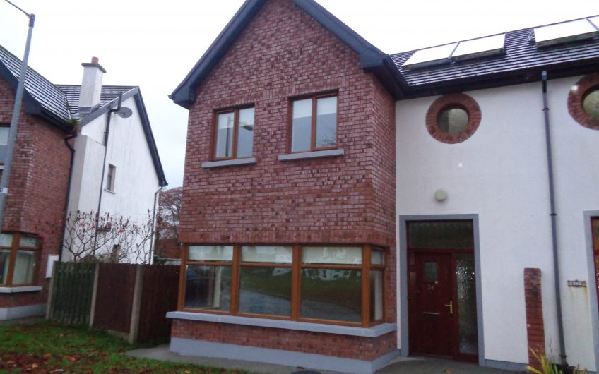 24 OAKHILL MANOR, MOATE, CO. WESTMEATH